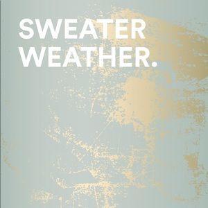 Sweaters - Sweaters / jackets